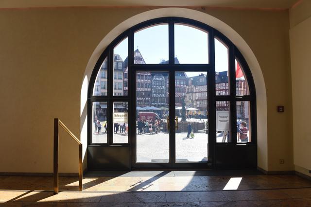 Außentür Rathaus Römer Frankfurt-Referenz Rompel Metallbau