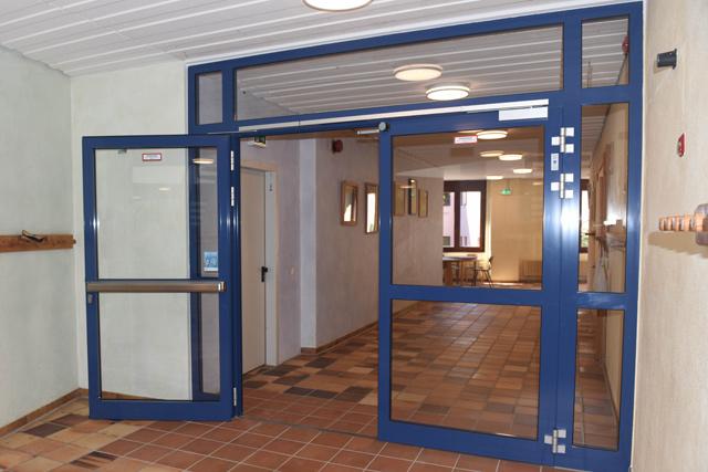 Herstellung Brandschutztüren Schule Metallbau
